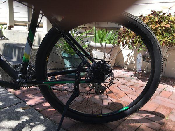 Mountain bike brand nishiki and road bike carbon fork