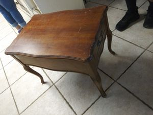 Antique side table for Sale in Riverside, CA