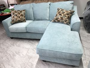 Gorgeous Sea Form Green Reversible Sectional that was Made in America for Sale in Clearwater, FL