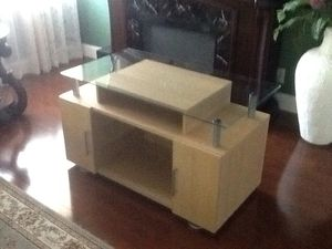 TV Stand Solid Wood and Glass for Sale in Plantation, FL