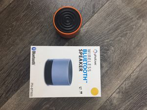 Bluetooth speaker for Sale in Chicago Heights, IL