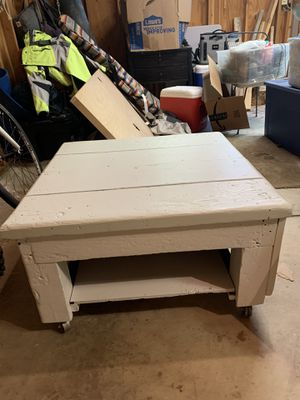 Rustic coffee table for Sale in Boulder, CO