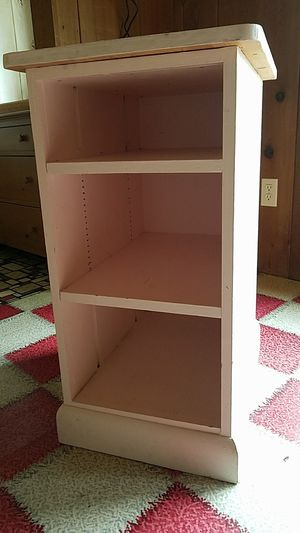 Deep nightstand. Great condition. Three shelves. Great versatile nightstand. for Sale in Snohomish, WA