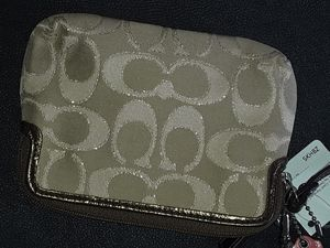 Coach Wristlet for Sale in Peachtree Corners, GA