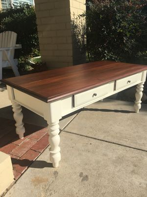 Antique coffee table for Sale in Yorba Linda, CA