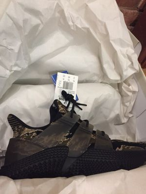 Adidas x Undefeated Prophere brand new 10 for Sale in San Diego, CA
