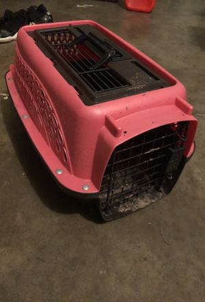 Pink Small dog kennel for Sale in Tampa, FL