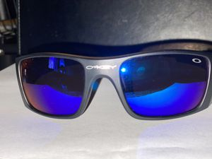Okley design sunglasses for Sale in Clovis, CA