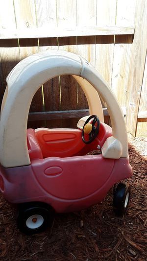 Kids toy car for Sale in Inver Grove Heights, MN
