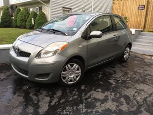 2009 TOYOTA YARIS 1* OWNER 5* SPEED for Sale in East Haven, CT