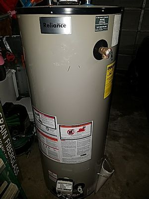 Gas water heater 50 gallon for Sale in Oak Park, IL