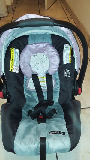 Graco Car Seat for Sale in Riverbank, CA