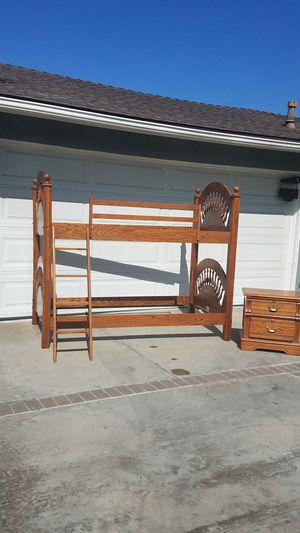 Child Bunk/Twin Bedroom Set for Sale in Orange, CA