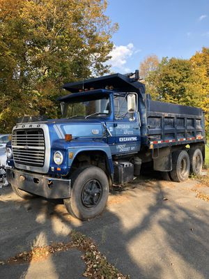 Ford LT9000 Tandem axle Dump truck for Sale in Dix Hills, NY