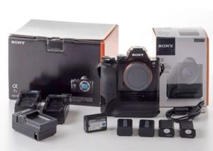 Sony a7r camera low shutter count! With tons of extras for Sale in Phoenix, AZ