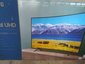 SAMSUNG 65-inch Curved Tv Cracked Parts Screen for Sale in Philadelphia,  PA