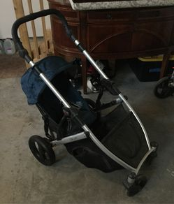 Britax B Ready stroller with second seat for Sale in Prineville,  OR
