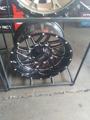 20X10 impact rims 33X12.50R20 mt for Sale in Phoenix, AZ
