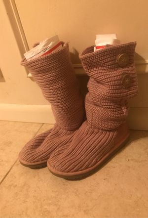 Bailey Button Knit UGG Size:7 REDUCED for Sale in Springfield, MO