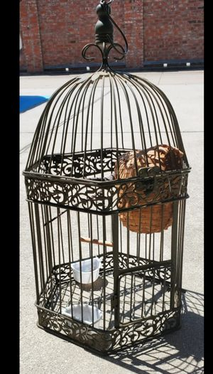 Metal bird cage with all accessories - used for Sale in Lucas, TX