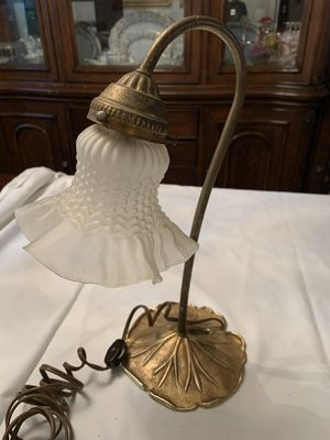 Antique table lamp for Sale in Atlanta, GA
