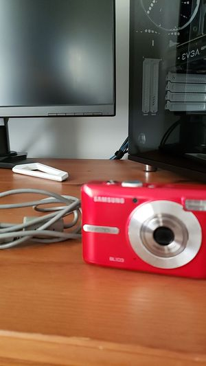 Samsung 10.2mp Digital Camera for Sale in Laurel, MD