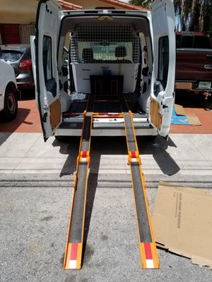 Working miny van for Sale in Miami, FL