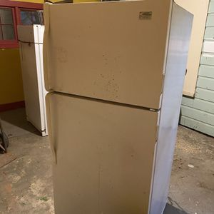 Refrigerator & Freezer *WILL DELIVER* for Sale in Wichita, KS