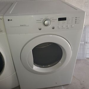 Dryer perfect condition for Sale in Miami Lakes, FL