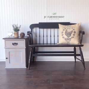 Beautiful Refinished Vintage Farmhouse Bench for Sale in Peyton, CO
