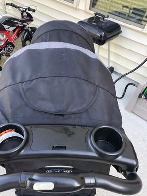 Double seat stroller for Sale in Clayton, NC