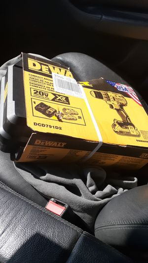 Dewalt brushless drill for Sale in Los Angeles, CA