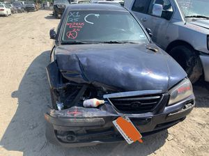 2005 Hyundai Elantra 2.0 Engine - For Parts for Sale in Houston, TX