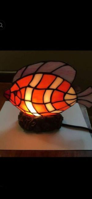 """TIFFANY STYLE LIGHT EXCELLENT CONDITION 8"""" for Sale in Delray Beach, FL"""