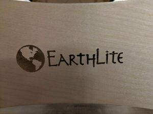 Earthlite Massage Table for Sale in Puyallup, WA