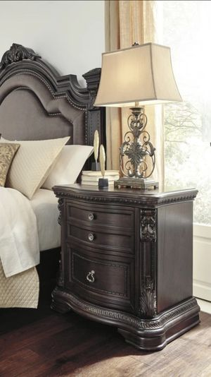 New Wellsbrook Dark Brown Upholstered Panel Bedroom Set $39 Down payment only for Sale in Houston, TX