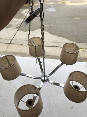 5 light Chandelier for Sale in Charlotte, NC