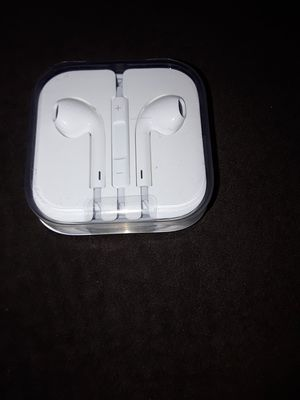 New Apple earbuds for Sale in Lemon Grove, CA