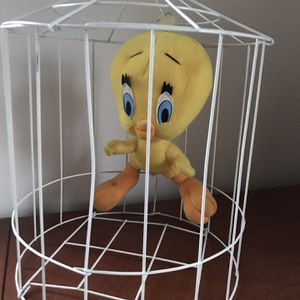 Tweety In A Birdcage for Sale in Mokena, IL