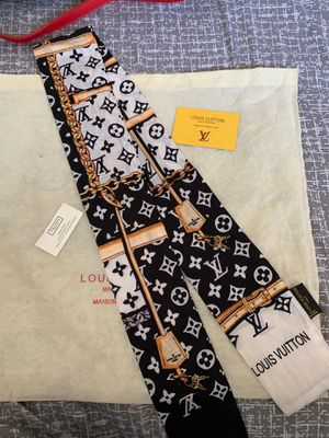 Louis Vuitton Multicolored Silk Scarf/Wrap Authentic for Sale in Baltimore, MD