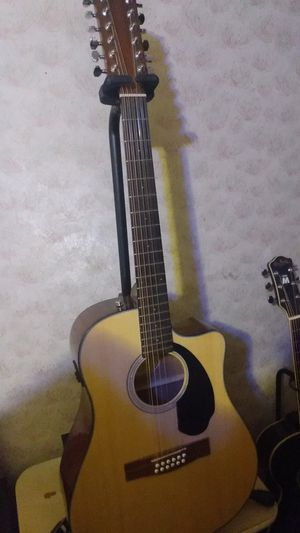 Fender 12 string electric acoustic for Sale in Jefferson City, MO