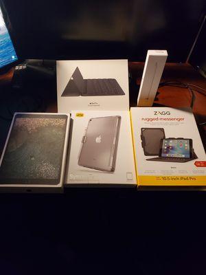 """iPad Pro 10.5"""" 256GB LTE/wifi with Accessories for Sale in Glen Allen, VA"""