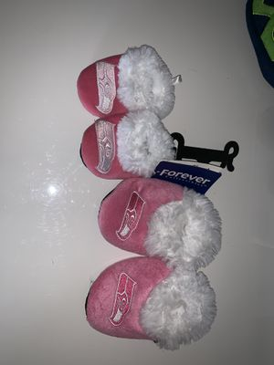 Pink Seattle Seahawks NFL baby booties s-Xl for Sale in Killeen, TX