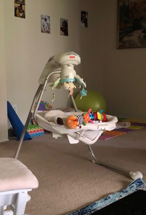 Baby swing -Fisher-Price® Sweet Little Lamb Cradle 'n Swing for Sale in Takoma Park, MD