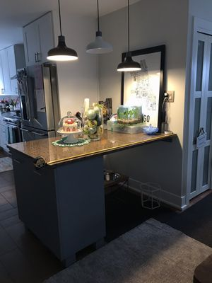 Kitchen Island for sale / trash can / waste bin / recycle bin for Sale in Orland Hills, IL