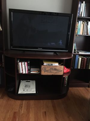Tv stand and tv or separate for Sale in Oak Park, IL