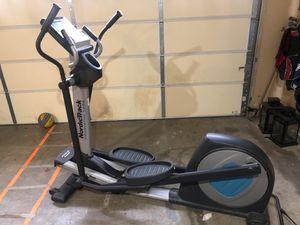 Elliptical trainer Nordic track 1300 for Sale in Auburn, WA