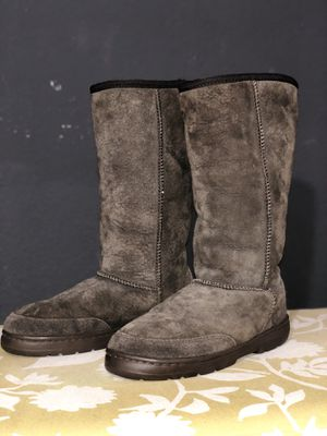 Unknown Brand Brown Sheep Skin Boots for Sale in Hawthorne, CA