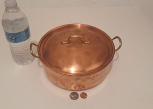 """Vintage Metal Copper Pot with Lid, Made in Portugal, 8"""" x 4"""", and 10"""" Handle to Handle, Kitchen Decor, Cooking Pot, This Can Be Shined Up Even More for Sale in Lakeside, CA"""