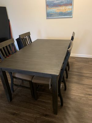 kitchen table with 4 chairs for Sale in Murfreesboro, TN